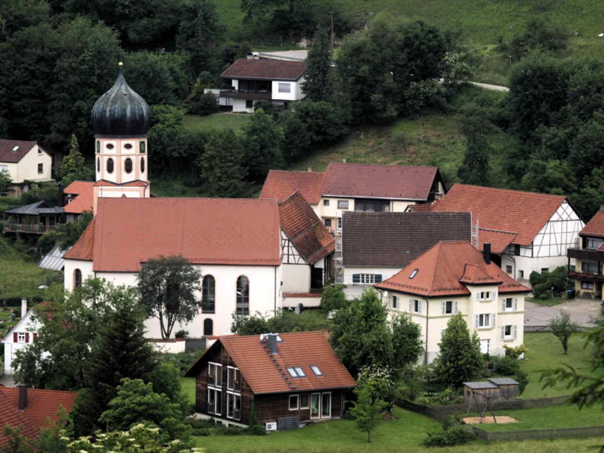 Grosses Lautertal bei Bichishausen